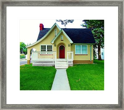 Ye4llow House 5 Framed Print by Larry Campbell