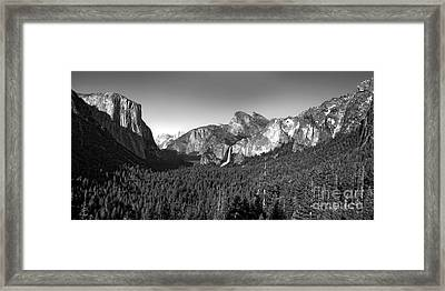 Yosemite Inspiration Point Framed Print