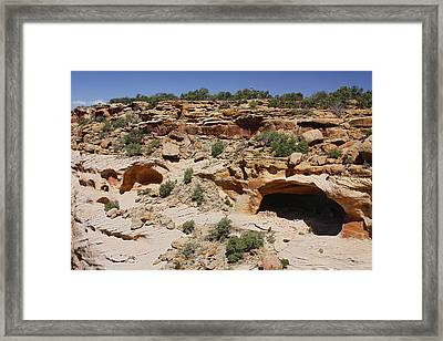 Yucca Cave Ruins At Canyon De Chelly Framed Print