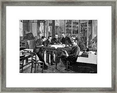 Zoology Lesson Framed Print by Science Photo Library