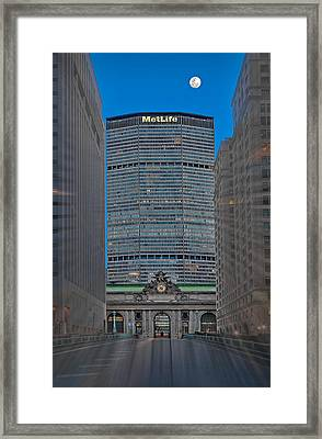 Zooming Into Grand Central Framed Print by Susan Candelario
