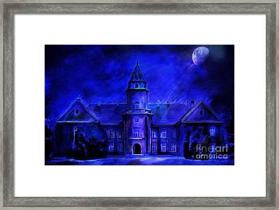 Winter Castle  Framed Print by Andrzej Szczerski