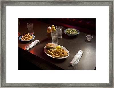 A Hamburger Lunch At A Restaurant Framed Print by Joel Sartore