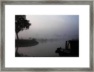 A Nice Place Framed Print by Linsey Williams