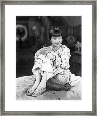 Chinatown Charlie, Anna May Wong, 1928 Framed Print by Everett