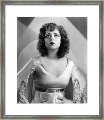 Clara Bow, 1930 Framed Print by Everett