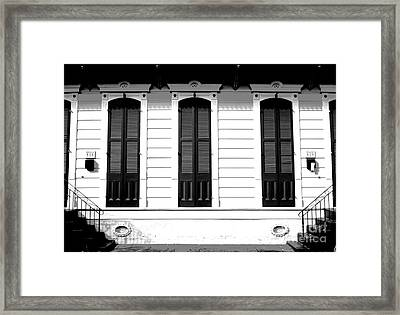 Classic French Quarter Residence New Orleans Black And White Conte Crayon Digital Art Framed Print