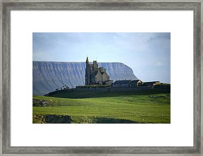 Classiebawn Castle, Mullaghmore, Co Framed Print
