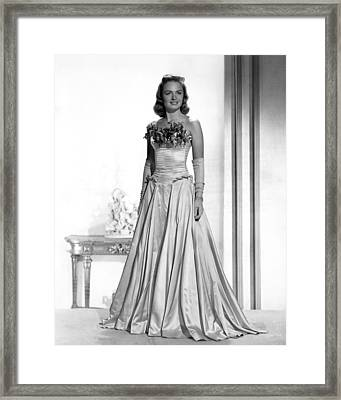 Donna Reed, 1945 Framed Print by Everett
