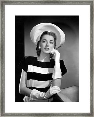 Eleanor Parker, 1945 Framed Print