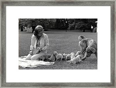 First Lady Betty Ford And The Familys Framed Print by Everett