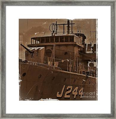 Framed Print featuring the photograph Hmas Castlemaine 4 by Blair Stuart
