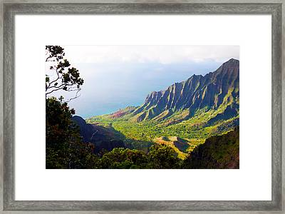 Kalalau Valley Lookout Kauai Framed Print
