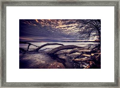 Lake Neatahwanta Framed Print by Everet Regal