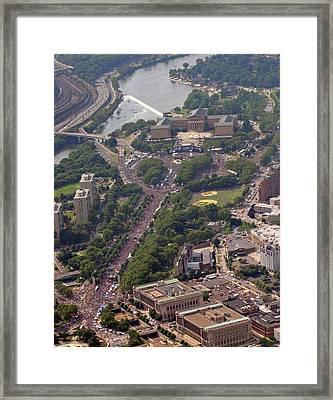 Live 8 Concert Philadelphia Pennsylvania Framed Print by Duncan Pearson
