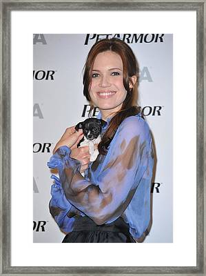 Mandy Moore In Attendance For Aspca Framed Print by Everett