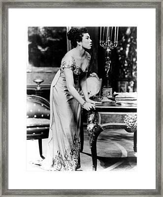 Soprano Leontyne Price At A Rehearsal Framed Print by Everett
