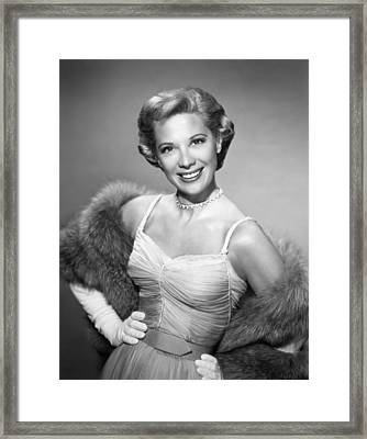 The Dinah Shore Chevy Show Aka The Framed Print by Everett