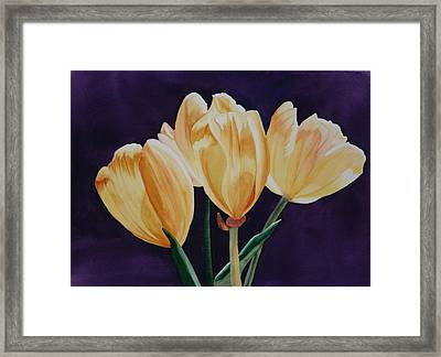 Framed Print featuring the painting Tip Toe by Teresa Beyer