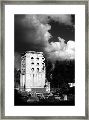 Tomb Of Eurysaces The Baker Framed Print by Fabrizio Troiani