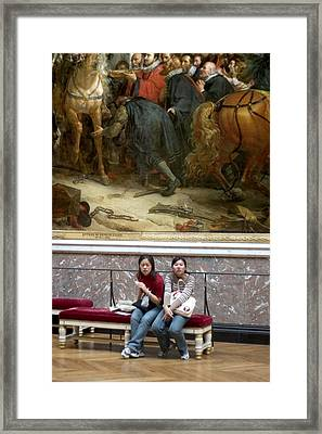 Two Oriental Women At Versailles Framed Print by Carl Purcell