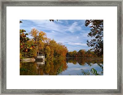 101011-4 Framed Print by Mike Davis