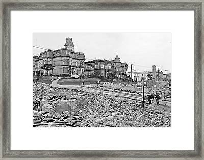 1906 Earthquake Damage At Franklin And Sacramento In San Francisco Framed Print