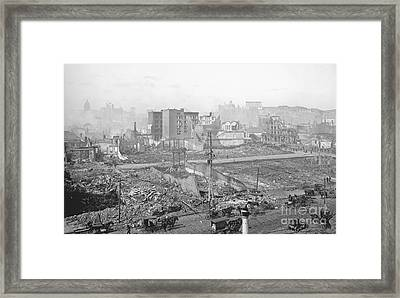 1906 Earthquake Damage To Nob Hill In San Francisco Framed Print