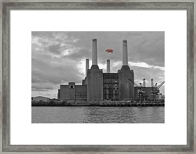 Pink Floyd Pig At Battersea Framed Print