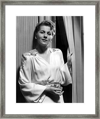 Rebecca, Joan Fontaine, 1940 Framed Print by Everett