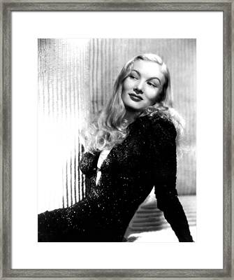 Veronica Lake, Portrait Framed Print