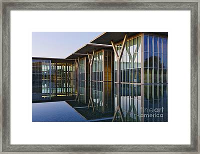 Forth Worth Modern Art Gallery Framed Print by Jeremy Woodhouse