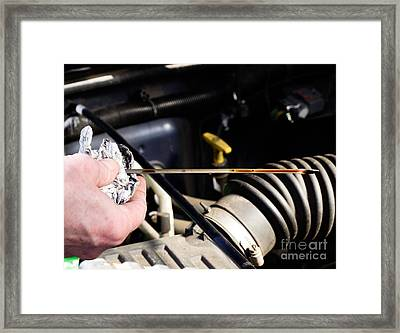 Oil Check Framed Print by Photo Researchers