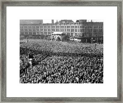 50,000 Citizens Gather In Indianapolis Framed Print by Everett