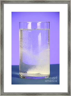 Alka-seltzer Dissolving In Water Framed Print by Photo Researchers, Inc.