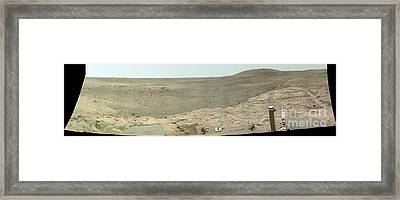 Panoramic View Of Mars Framed Print by Stocktrek Images
