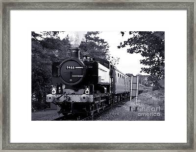 9466 On The Mid Norfolk Framed Print by Rob Hawkins