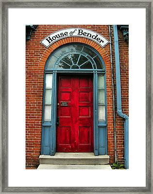 A Home For Benders Framed Print by Steven Ainsworth