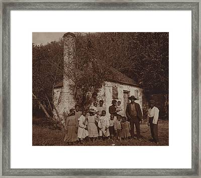 A Large African Americans Family Posed Framed Print by Everett