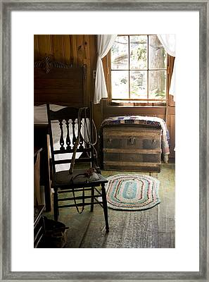 Framed Print featuring the photograph A Simpler Life by Lynn Palmer