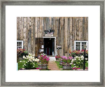 Framed Print featuring the photograph A Sugar Hill Welcome by Robin Regan