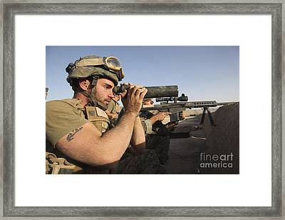 A U.s. Marine Corps Sniper And Spotter Framed Print by Stocktrek Images