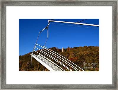 A View Of Chief Blackhawk Framed Print by Sue Stefanowicz
