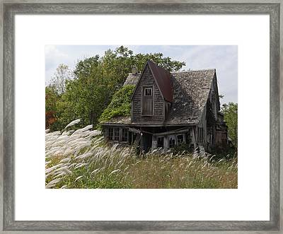 Abandoned Farmhouse 2 Framed Print by Bruce Ritchie