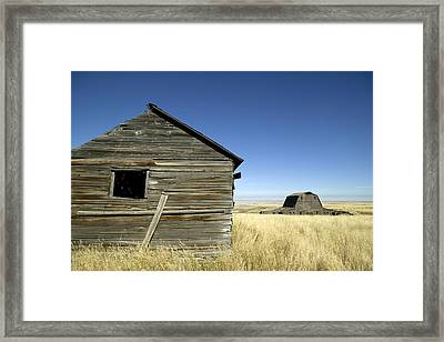 Abandoned Farmstead In Southern Alberta Framed Print by Pete Ryan