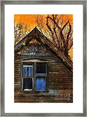 Abandoned Old House Framed Print by Jill Battaglia