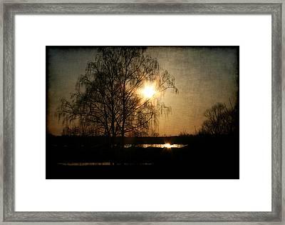 Abendstimmung Framed Print by Li   van Saathoff