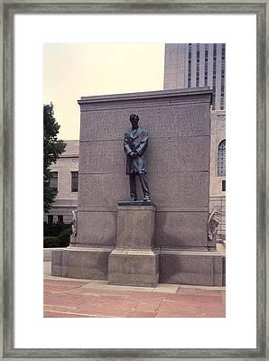 Abraham Lincoln Statue Framed Print by Granger