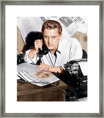 Ace In The Hole, Kirk Douglas, 1951 Framed Print by Everett