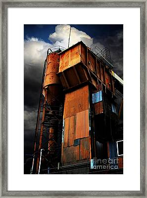 Alive And Well In America . The Old Concrete Plant In Berkeley California . 7d13967 Framed Print by Wingsdomain Art and Photography